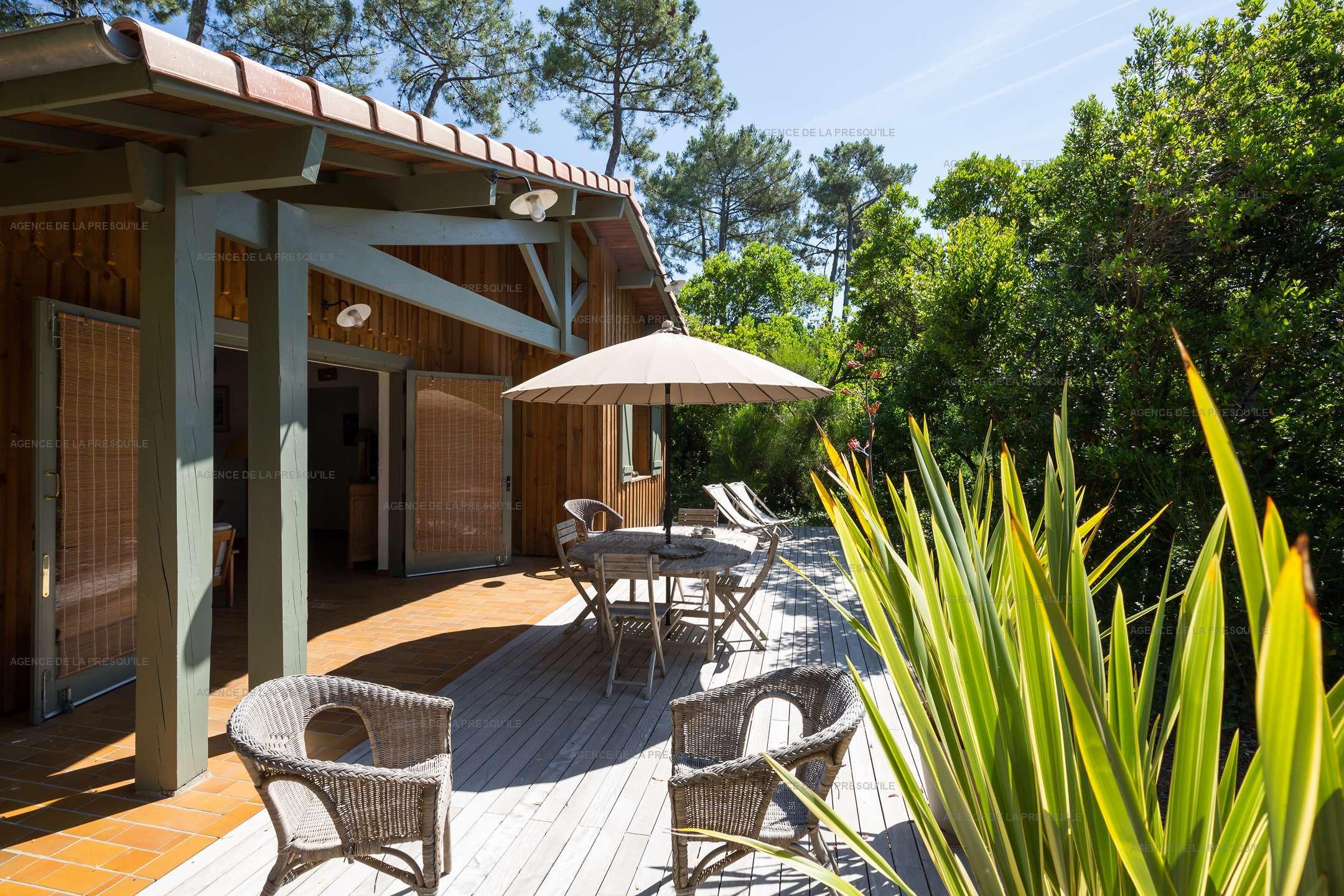 Location: Très agréable villa située au mimbeau 9