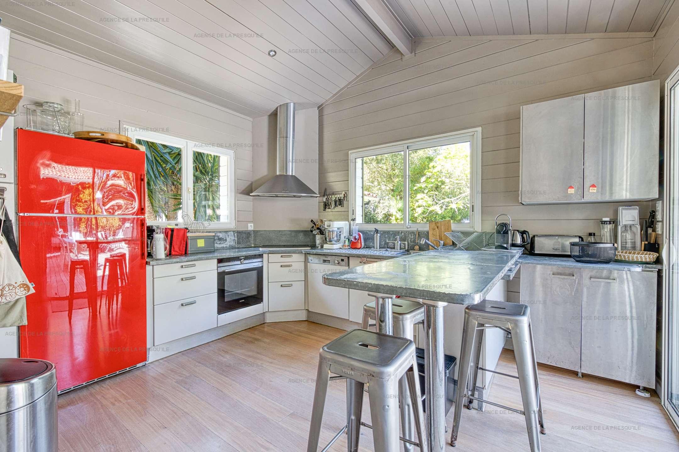 Location: Au calme, très belle villa en bois avec piscine chauffée 7