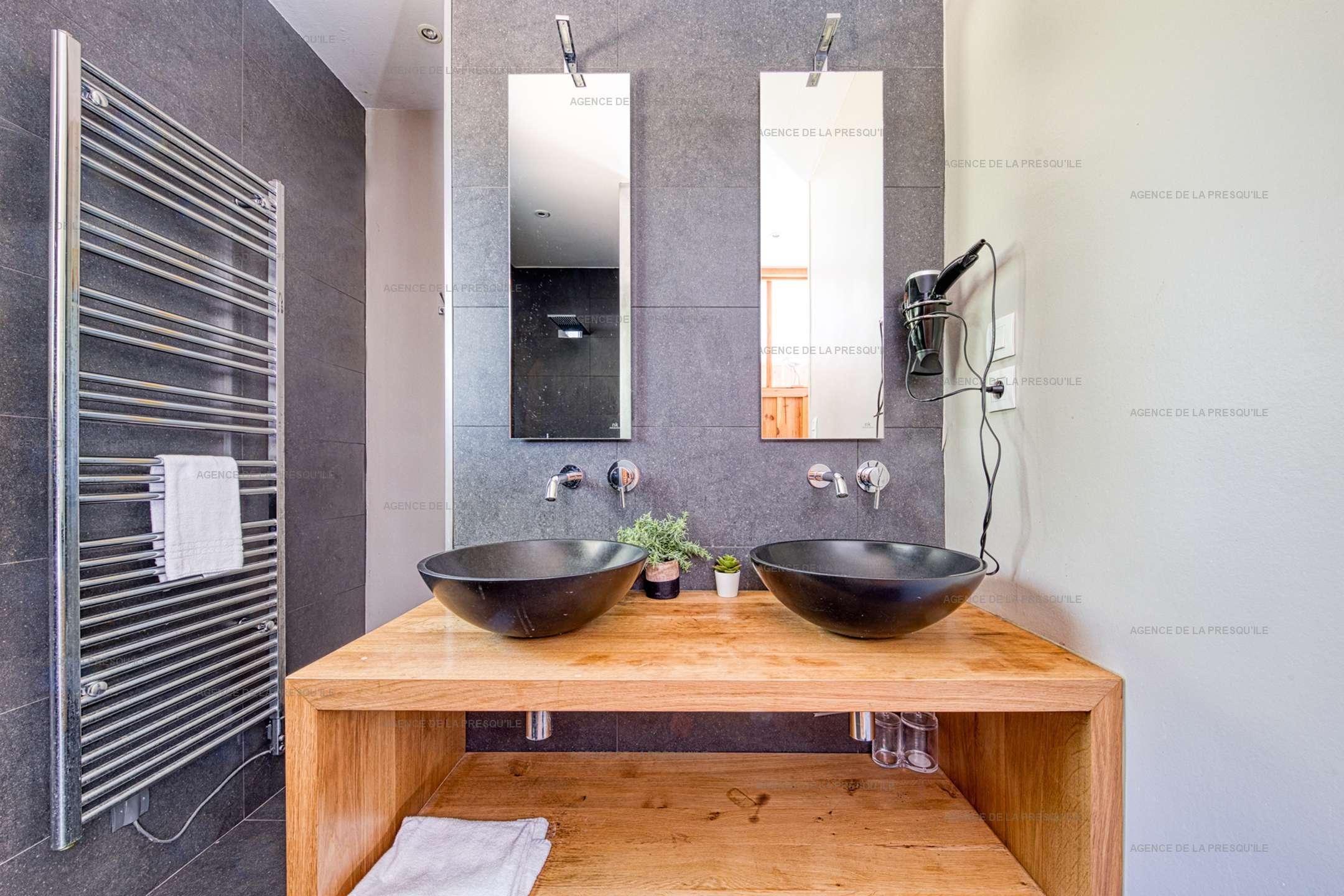 Location: Au calme, très belle villa en bois avec piscine chauffée 9
