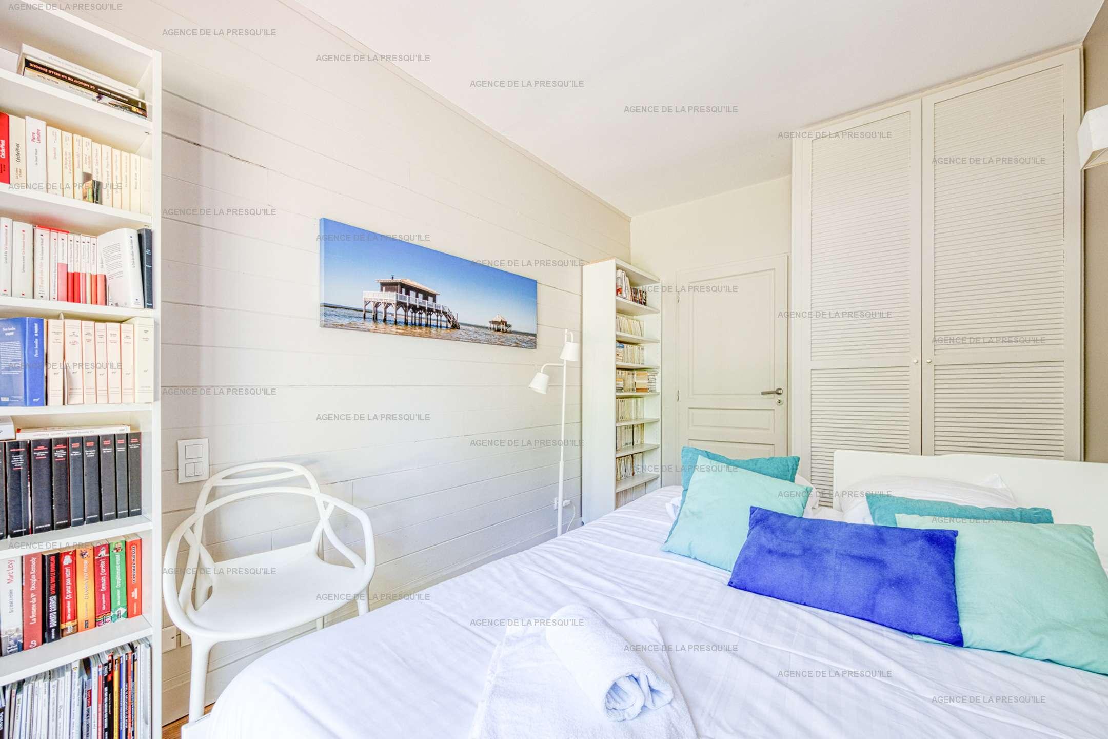 Location: Au calme, très belle villa en bois avec piscine chauffée 10