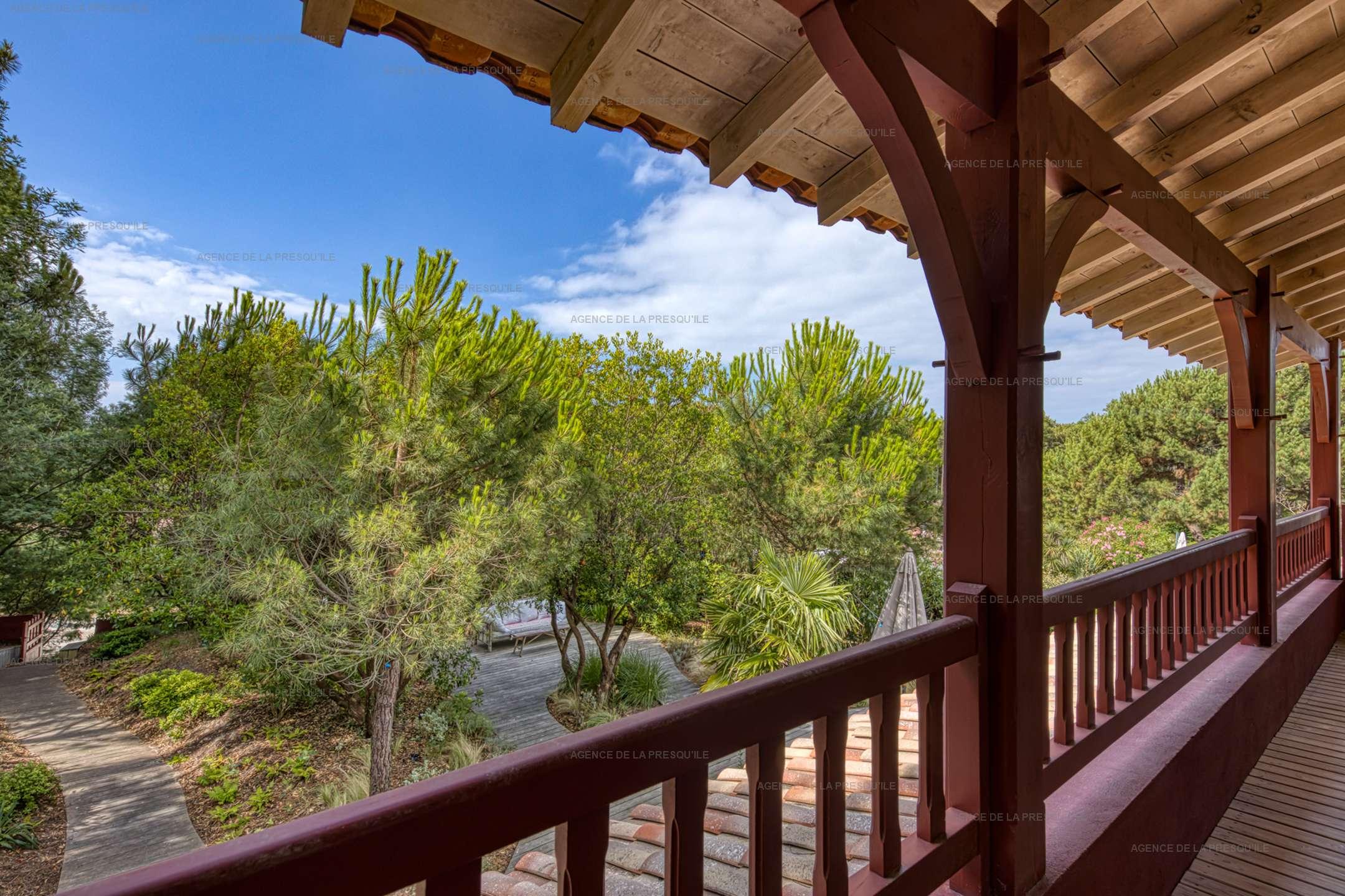 Location: Villa bois à 200m du bassin 13