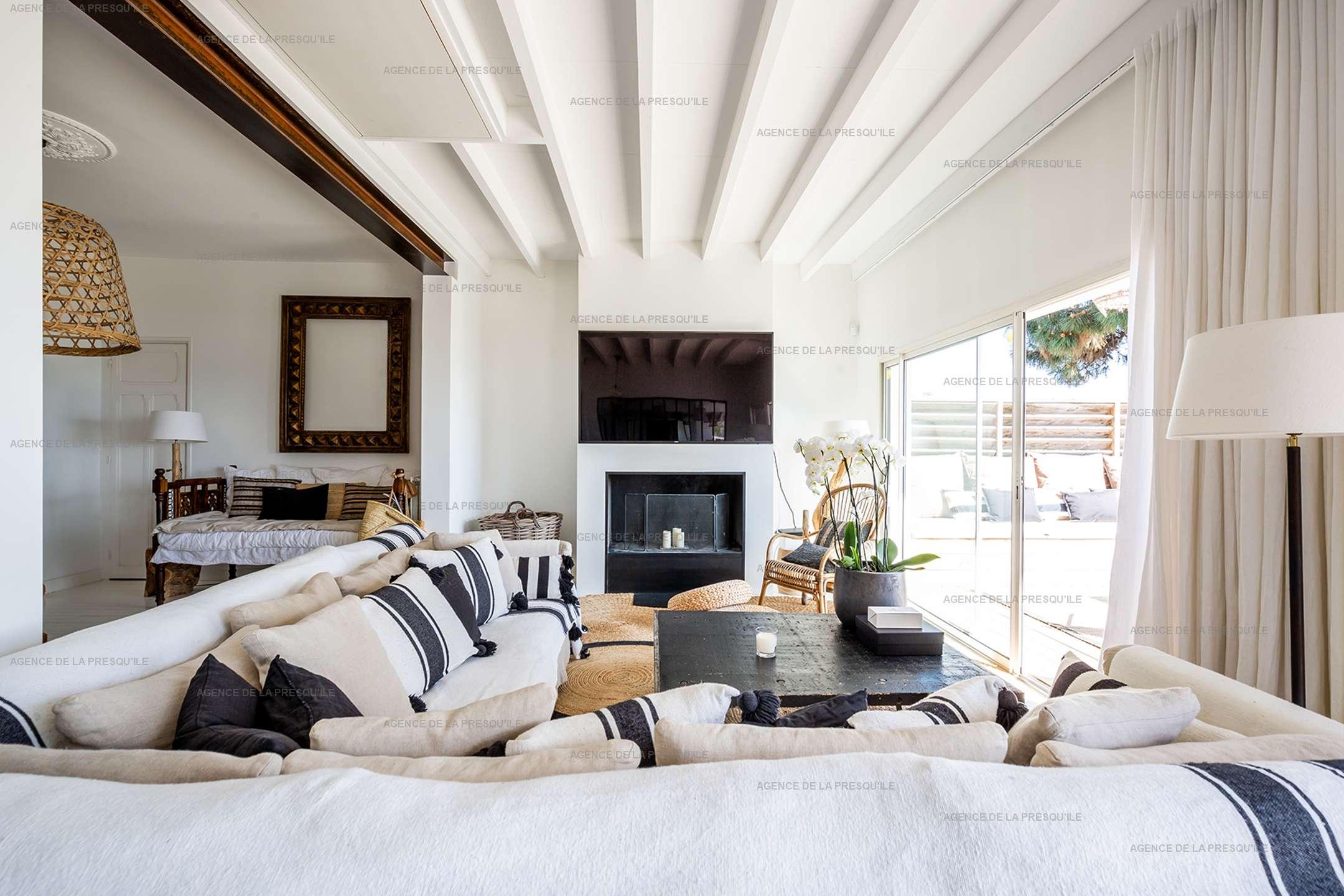 Location: Superbe villa avec vue bassin et piscine 4