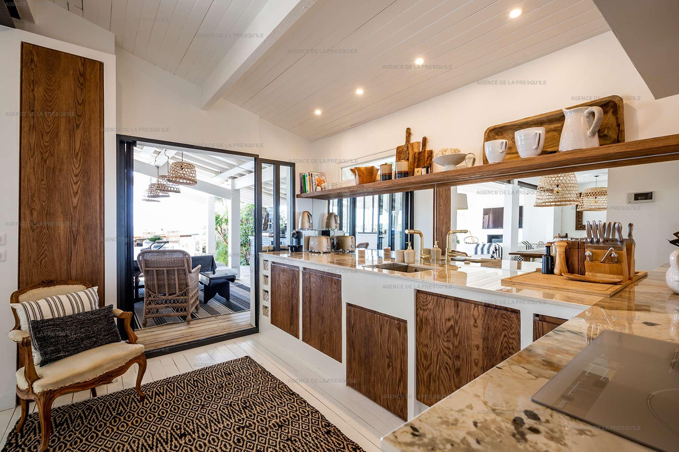 Location: Superbe villa avec vue bassin et piscine 8