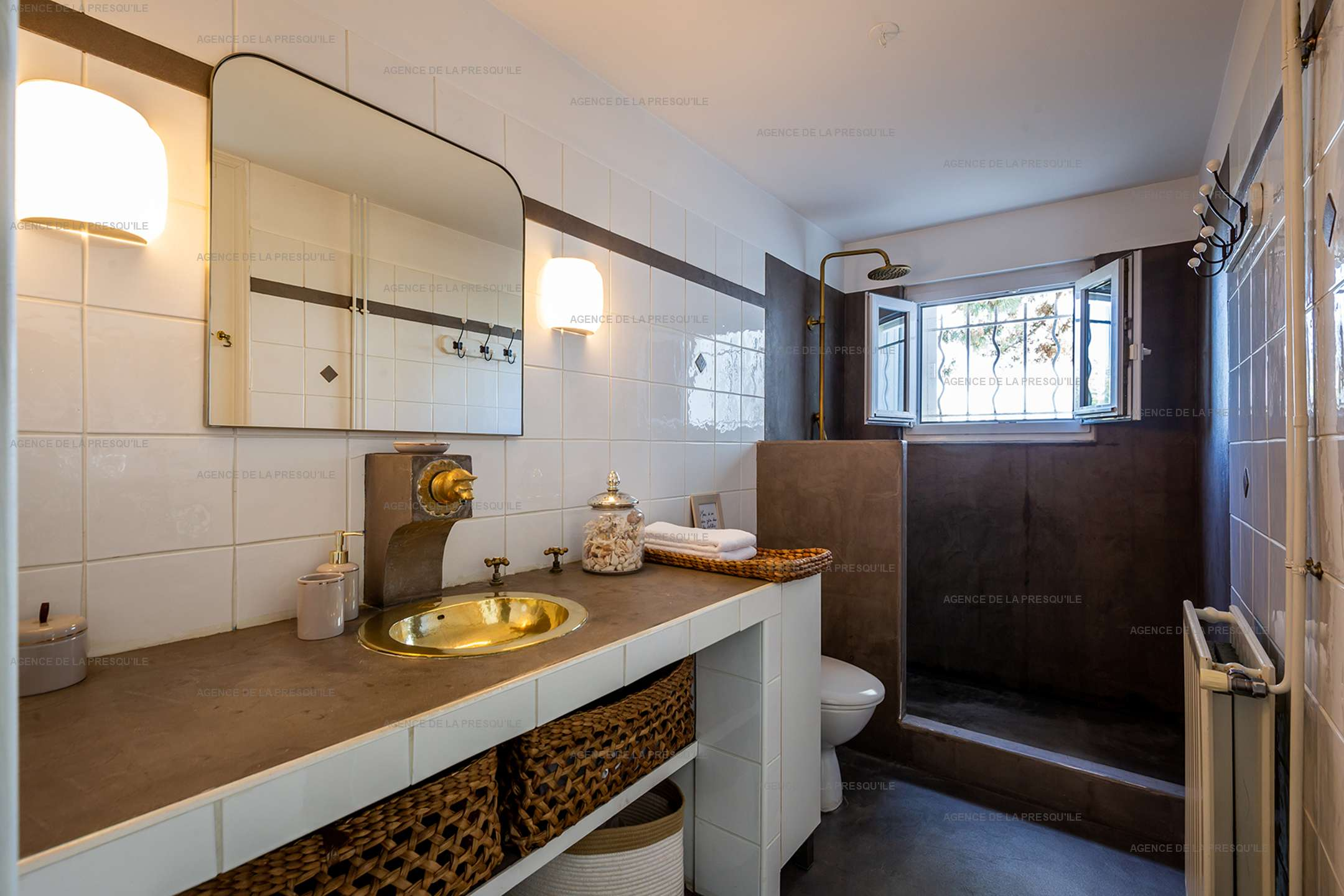 Location: Superbe villa avec vue bassin et piscine 10