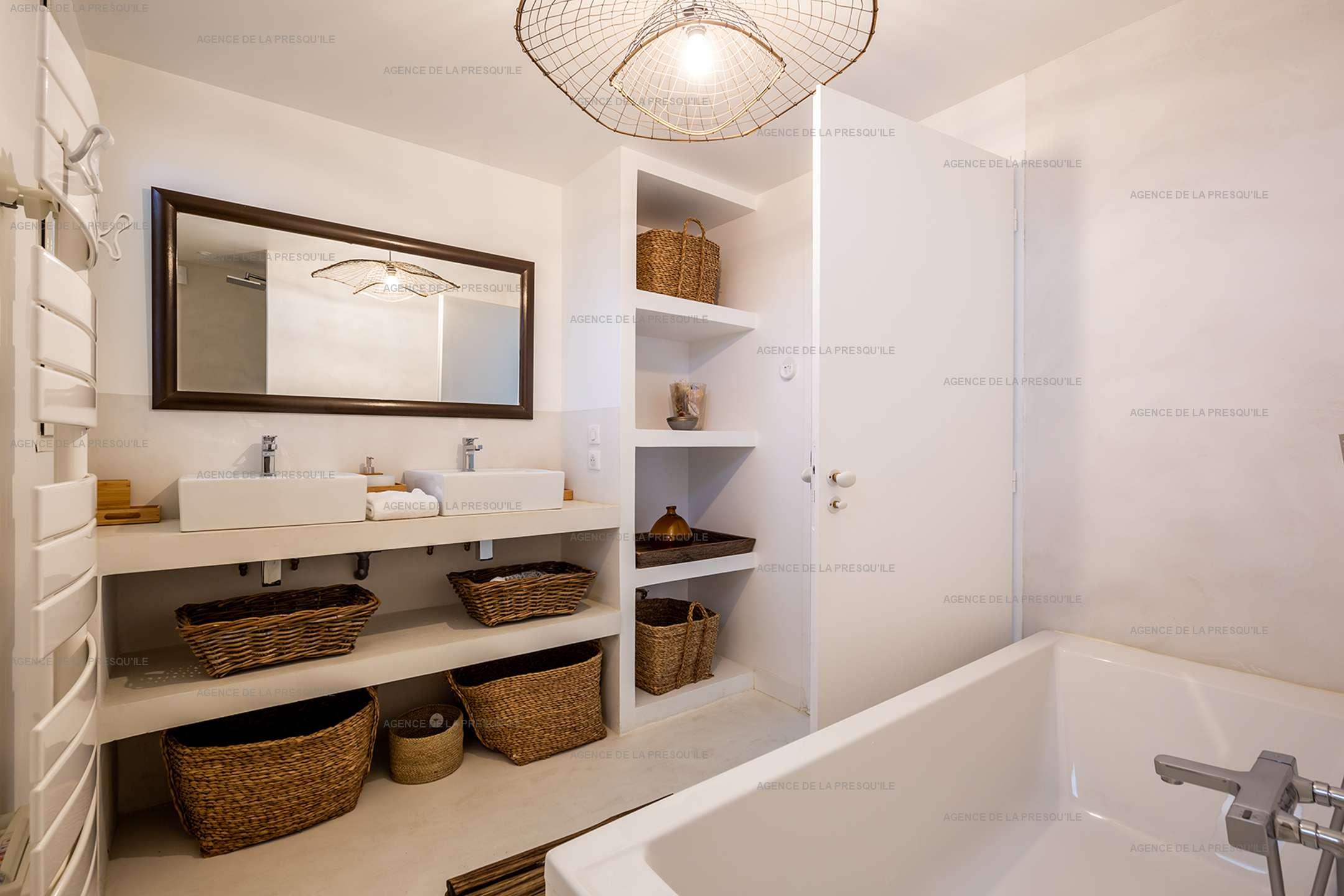 Location: Superbe villa avec vue bassin et piscine 12