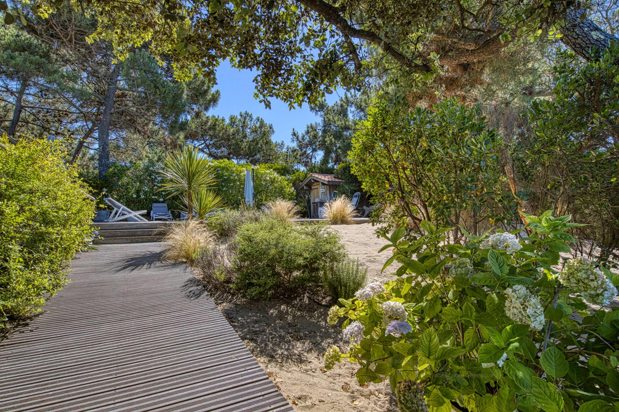Location: Ravissante villa avec piscine entre le bassin et l'océan 10