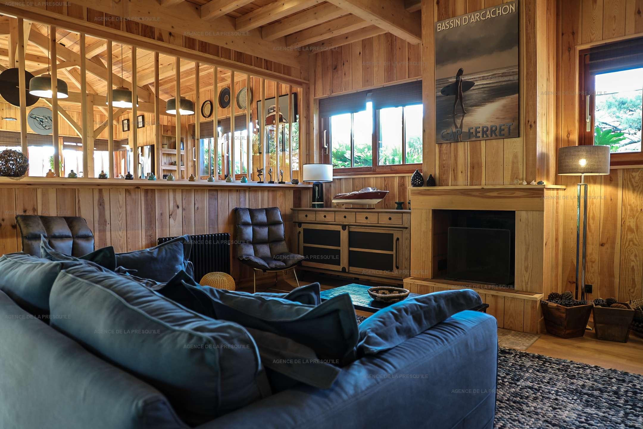 Location: Séduisante villa en bois neuve avec piscine 3