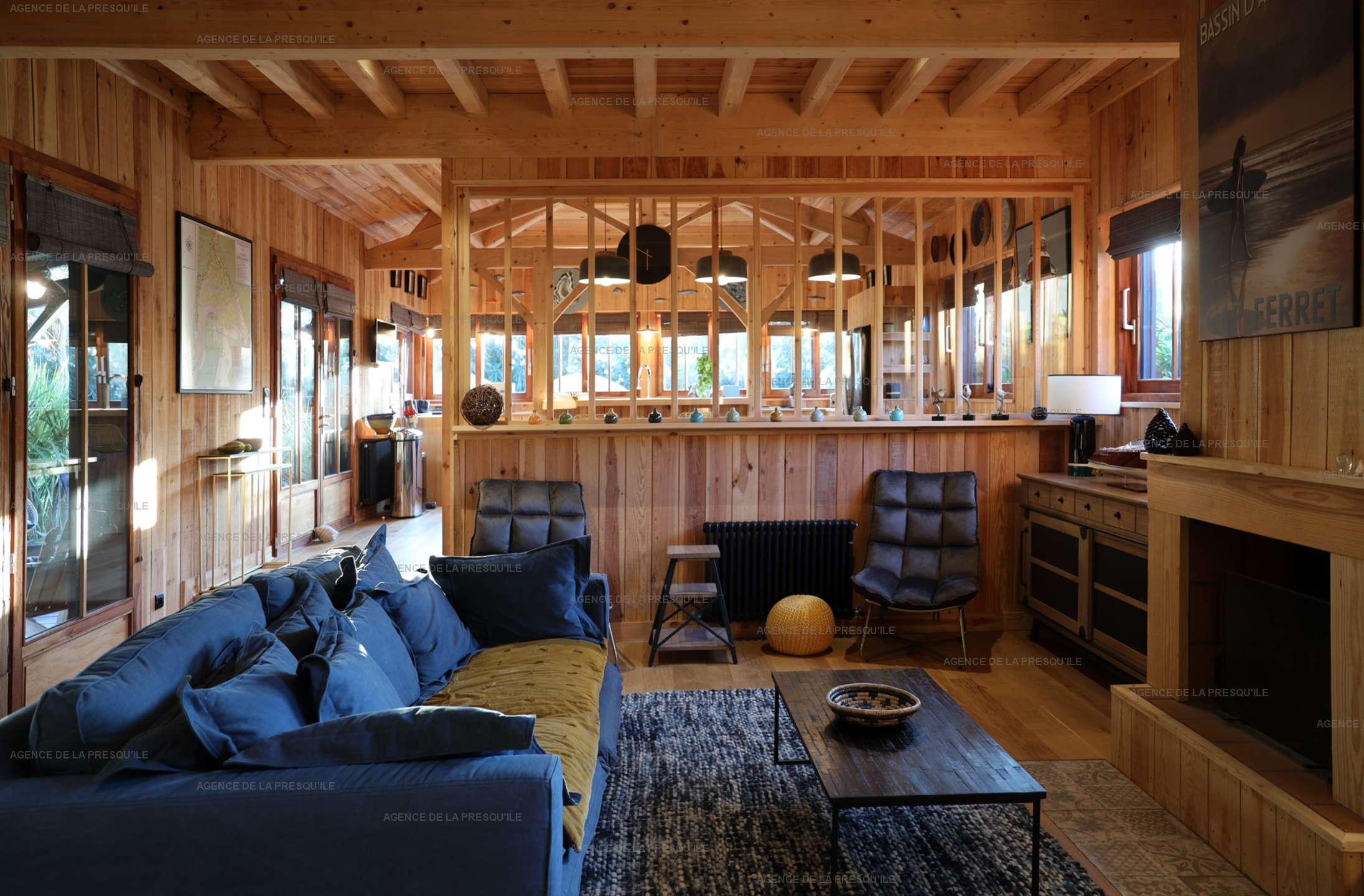 Location: Séduisante villa en bois neuve avec piscine 5