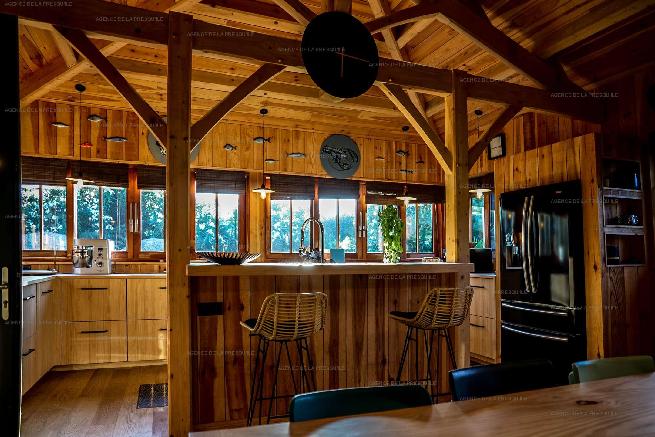 Location: Séduisante villa en bois neuve avec piscine 6