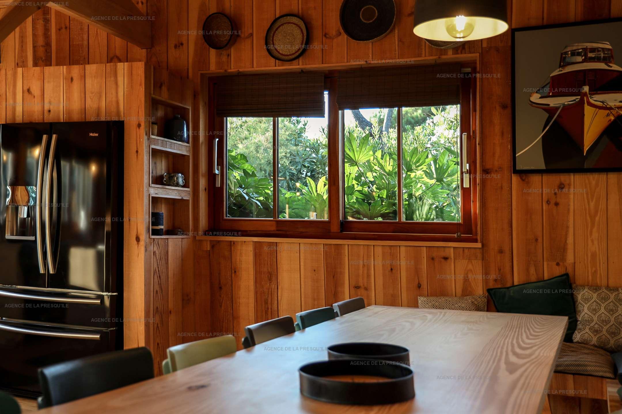 Location: Séduisante villa en bois neuve avec piscine 7