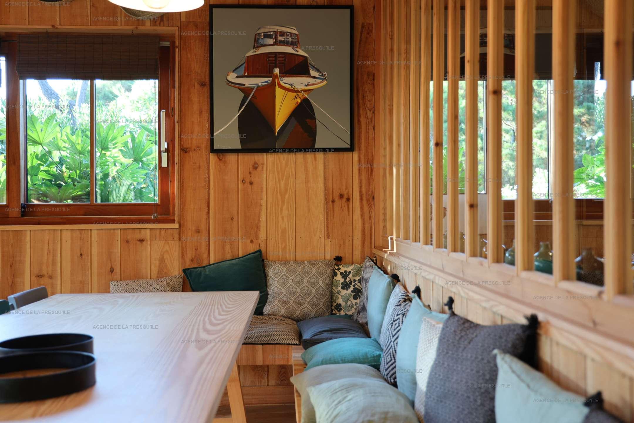 Location: Séduisante villa en bois neuve avec piscine 8