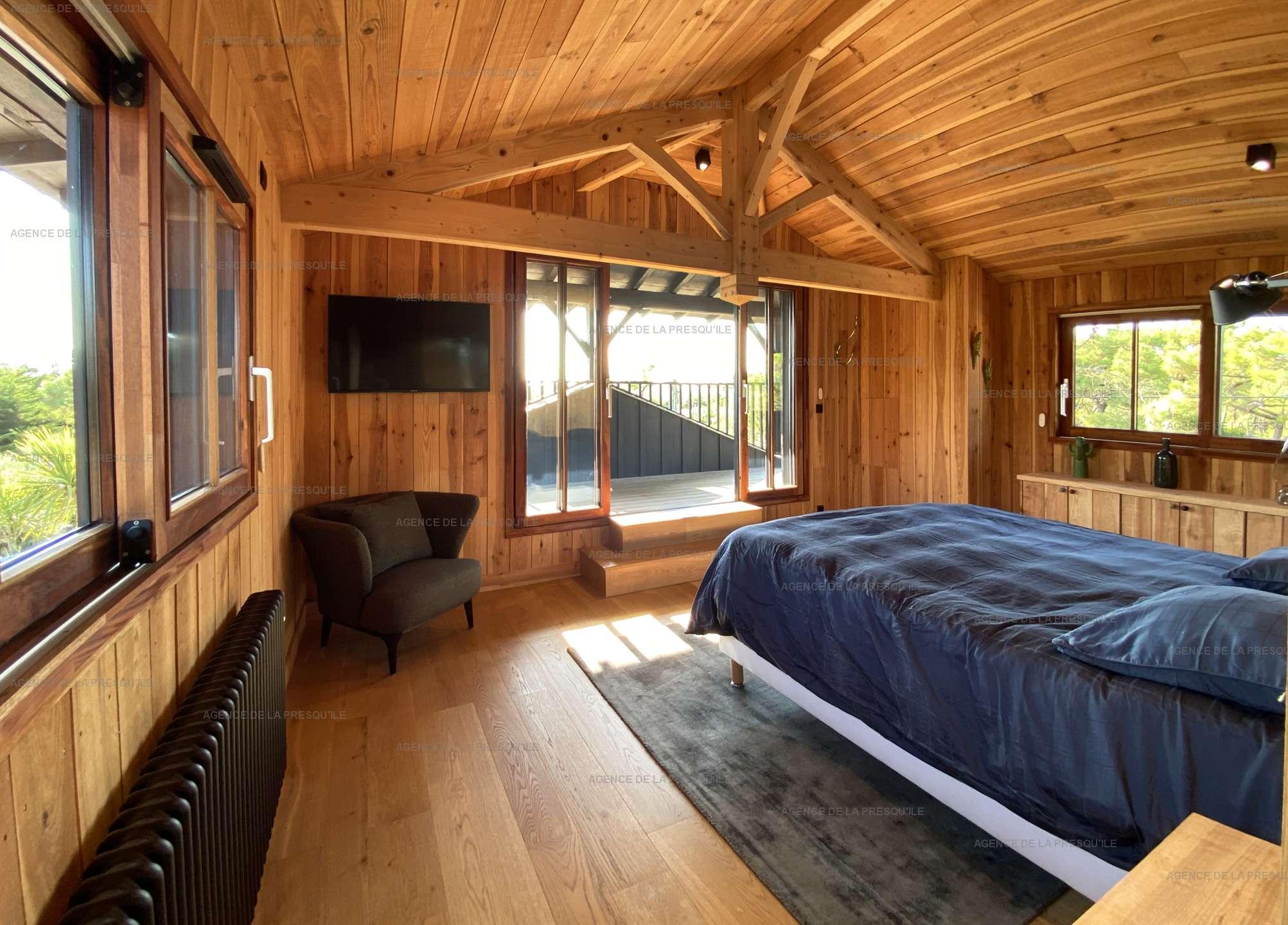 Location: Séduisante villa en bois neuve avec piscine 9