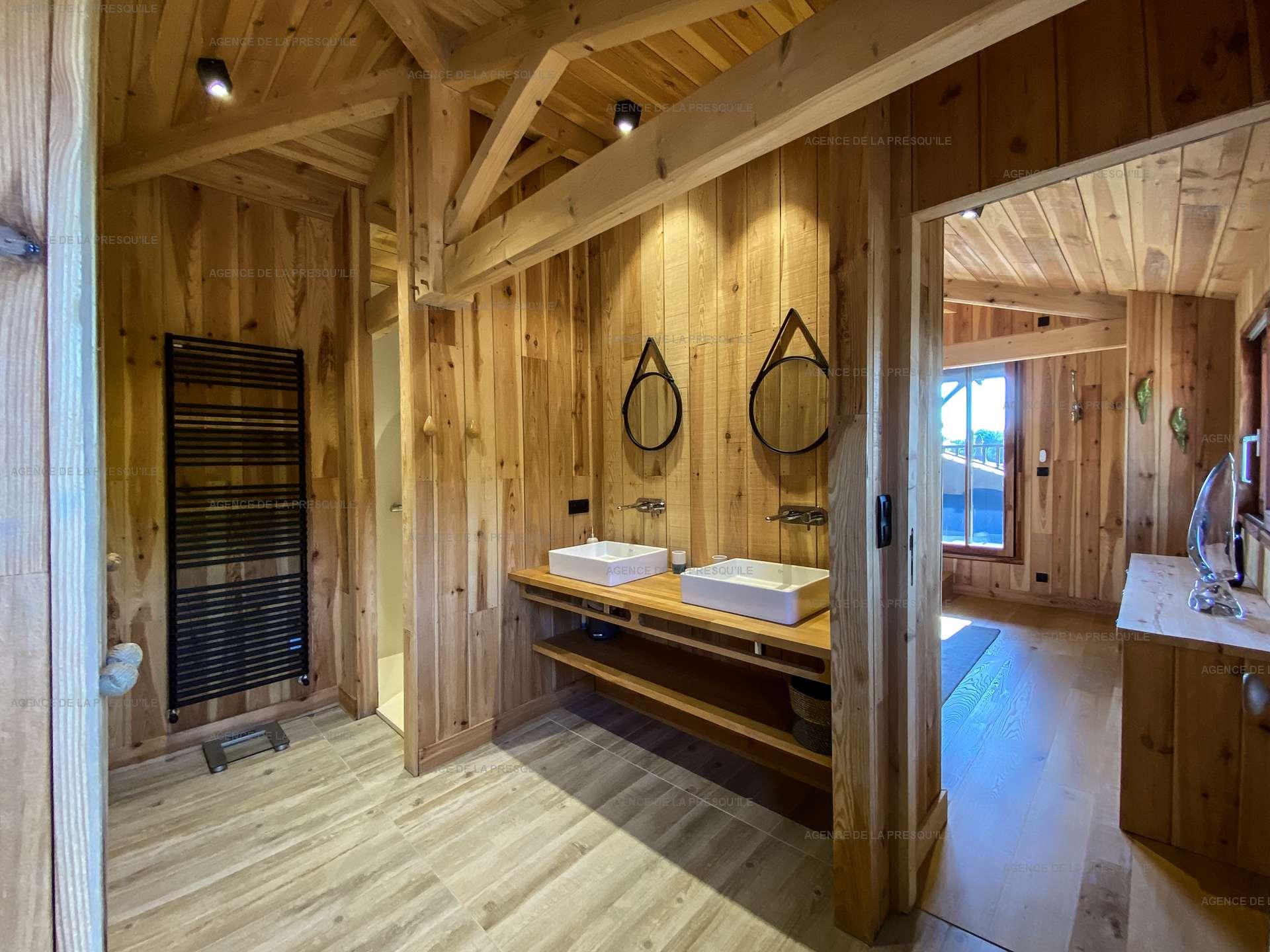Location: Séduisante villa en bois neuve avec piscine 10