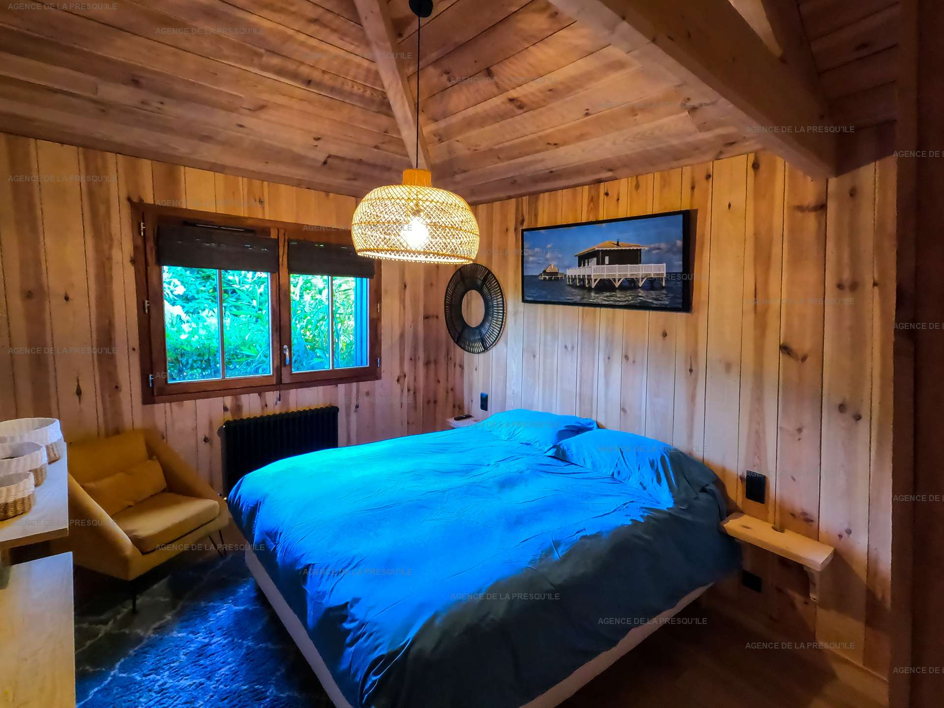 Location: Séduisante villa en bois neuve avec piscine 11