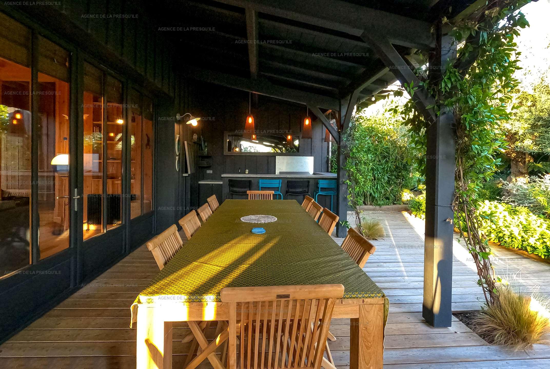 Location: Séduisante villa en bois neuve avec piscine 14