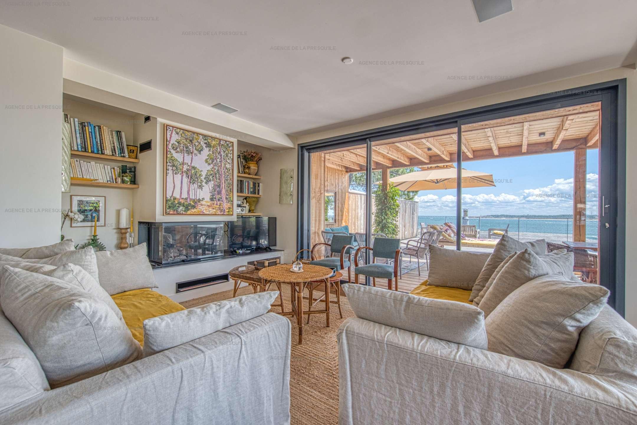 Location: Belle villa  neuve avec vue bassin et acces plage 3