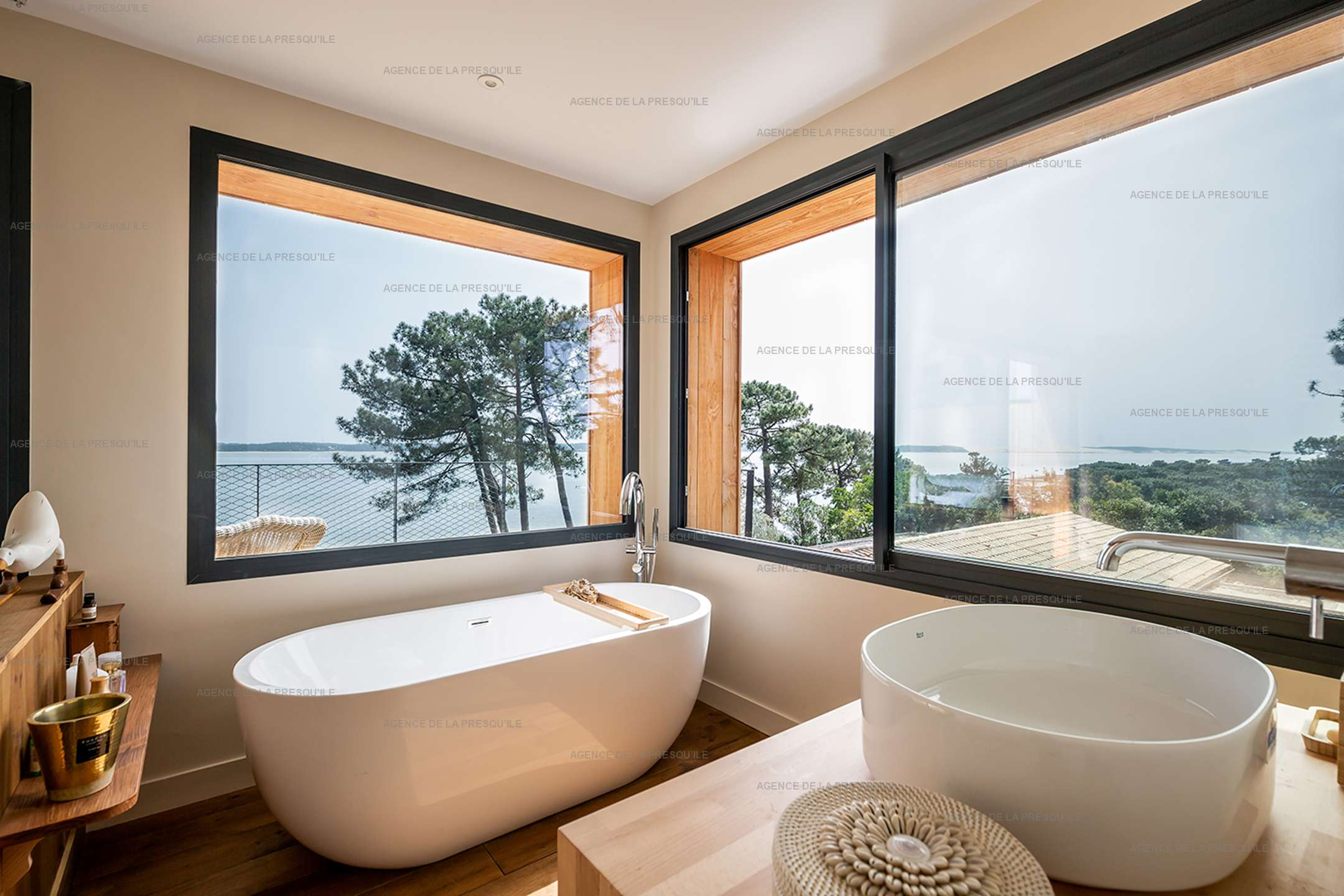 Location: Belle villa  neuve avec vue bassin et acces plage 8