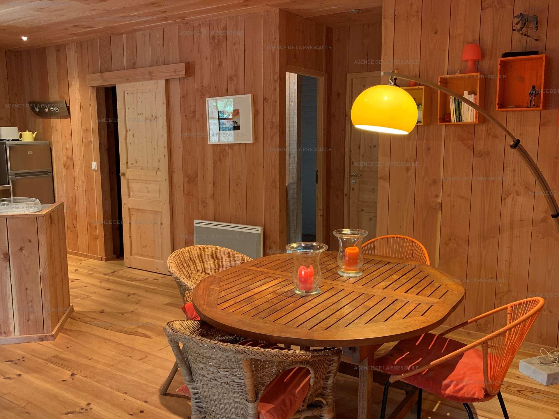 Location: Jolie cabane mitoyenne en bois proche de l'océan 5