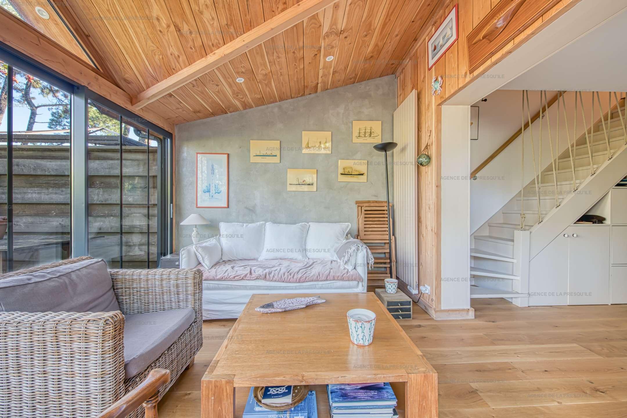 Location: Jolie villa en bois située au mimbeau 5