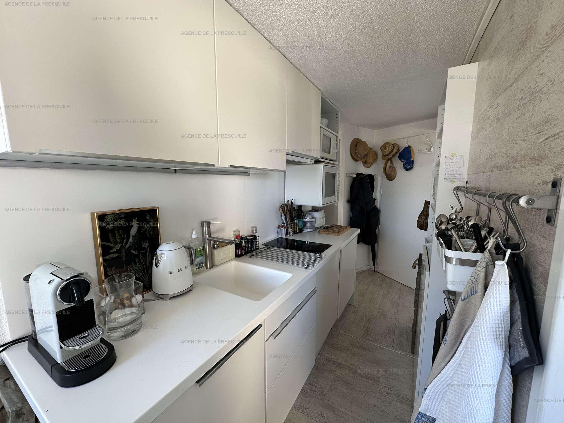 Location: Très bel appartement avec vue bassin 5