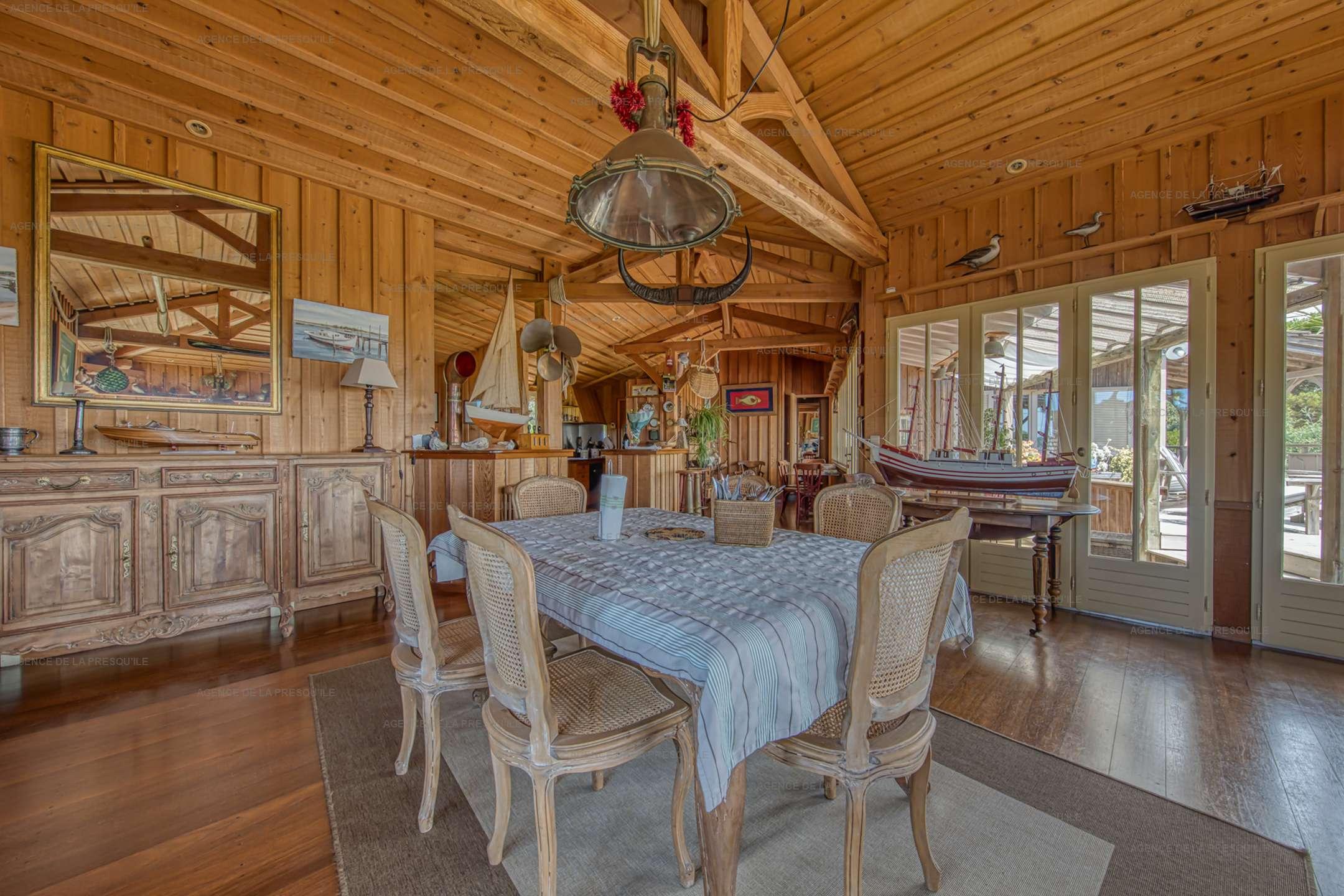 Location: Très belle villa en bois avec vue panoramique sur le bassin 6